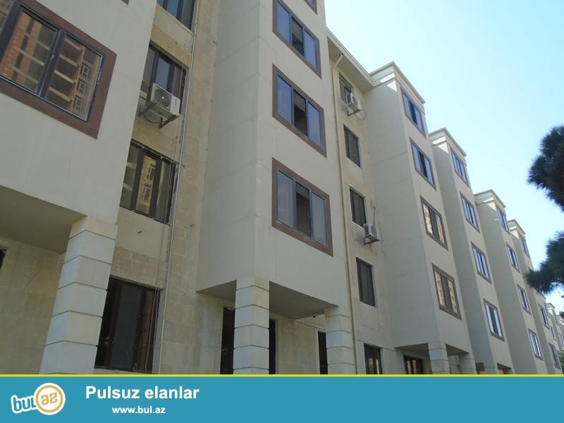 Yasamal rayonu ,Musabəyov parkının yanı,5 mərtəbəli binanın 1 ci mertebesinde ,80kv m sahede, 3 otaqlı, eshyalarla birge ofis kiraye verilir ...