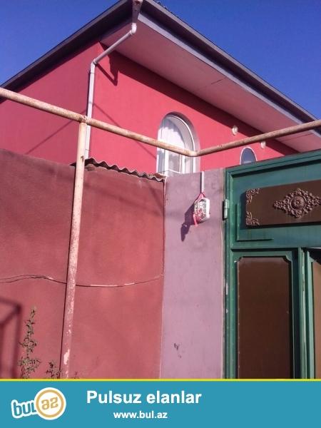 Sabunçu rayonunda,Bakıxanov qəsəbəsində,Koroğlu metrosuna yaxın ərazidə yerləşən 3...