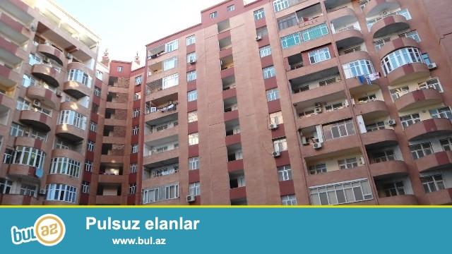Yeni Yasamal, Gulustan sadliq sarayinin yaninda, Simurqun binasinda,16/9-da 82 kv, <br /> 2 otaqli podmayak ev satilir...