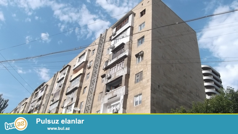 Yasamal rayonu,  Nizami metrostansiyasının yaxınlığında eksperimental layihəli daş binada 3 otaqlı mənzil satılır...