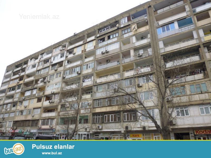 Очень срочно! В старом Гюнешли ,около 165 школы  продается  4-х комнатная квартира старого  строения 9/9 , с хорошим  ремонтом , общей площадью 100 квадрат...