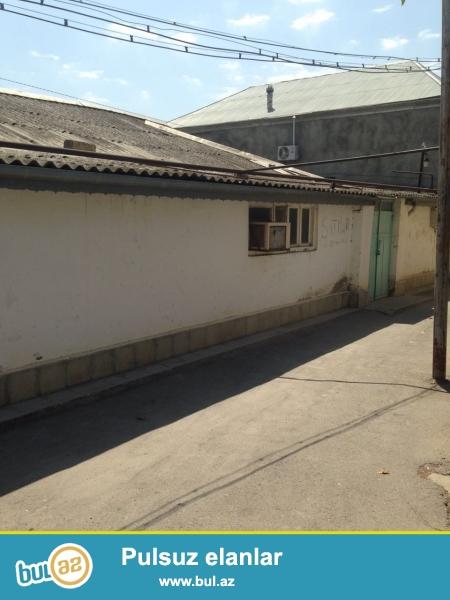 Продаётся дом в Посёлке Кирова по улице Сарабского дом 31,100 м2,общая площадь участка 3 соток,4 комнаты,свой гараж,купча имеется,газ,свет,вода постоянно.