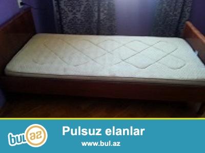 Rumuniya istehsalı olan tək nəfərlik matraslı çarpayı satılır...