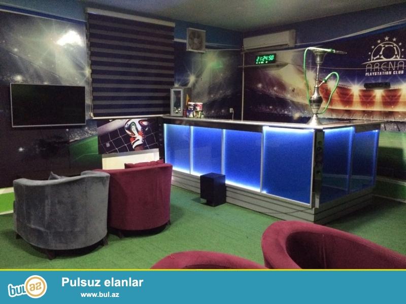 PLAYSTATION CLUB UCUN AVADANLIQ SATILIR. <br /> <br /> OBYEKTƏ OLANLAR: <br /> LG 108sm LED TV - 5 ədəd <br /> Playstation 3 - 5 ədəd <br /> BAR - 1 ədəd <br /> Süni qazon - 66 kv...
