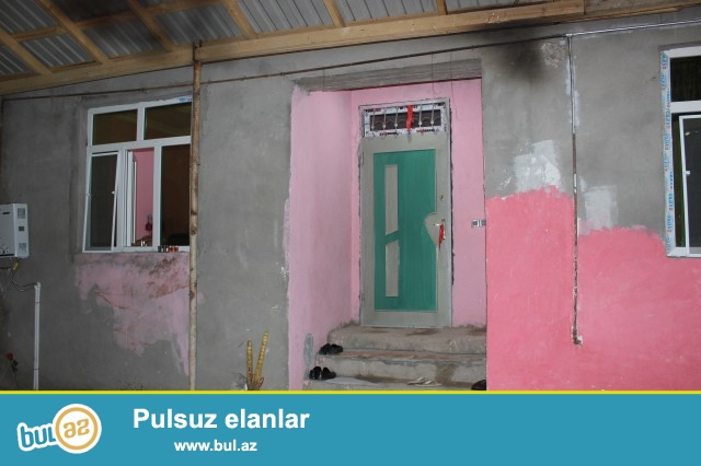 Sabunçu rayonu Zabrat 2 qəsəbəsi, Seyid marketin yaxınlığı, əsas yoldan 150 metr məsafədə, 1...