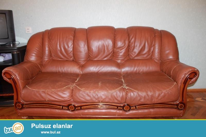 Türkiyə istehsalı divan kreslo. Divanüstü hədiyyə verilir.