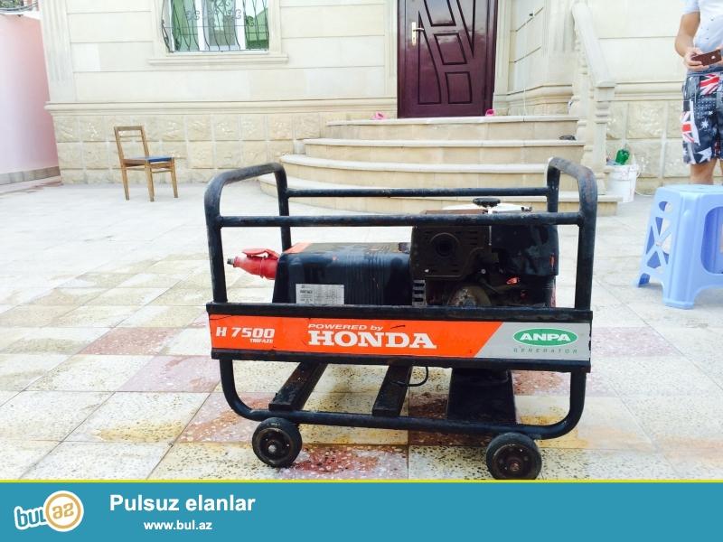 generator HONDA gx390 7500 . iwlenmiyib. istifade olunmur deye satilir...