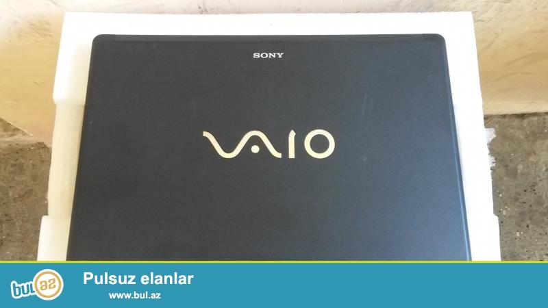 Sony Vaio VGN-FW<br /> Notebook office seraitinde isledilib. Uzerinde hec bir zede yoxdu.Uzerinde 1-2 kasmetik leke olmasina baxmayaraq  Coxx guclu ve islek notebookdu...