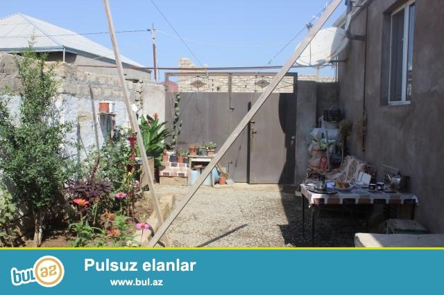 Sabunçu rayonu Ramana sovxozu, 163 nömrəli marşurut yoluna yaxın, Dispeçerdən 400 metr məsafədə, 1...