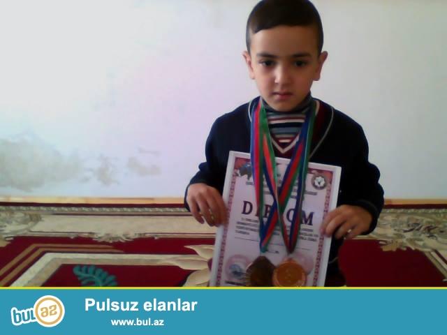 Qobustan rayonunda Asiq Memedaxa Babayev kucesinde yeni tikilmis 7 sot 130kv heyet evi satilir...