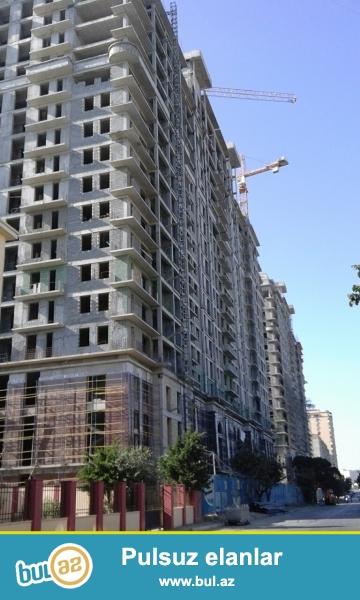 СРОЧНО!!! В престижном месте, недалеко от метро Эльмляр Академиясы, в тихом и спокойном месте продаётся 2-х комнатная квартира...