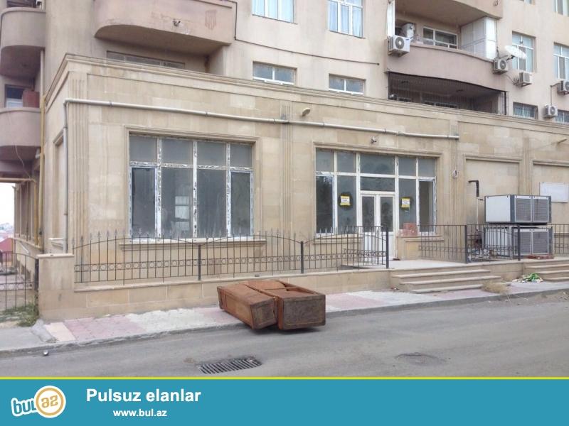 Qara Qarayev metrosuna yaxin Ayla Shadliq evinin yaninda umumi sahesi 245kv metr olan yeni temirden cixmish obyekt icareye verilir...