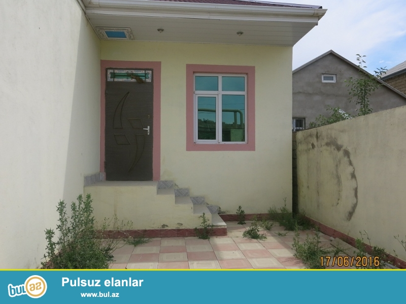 Xirdalanda   yeni tikili 3 otaqli heyet evi satilir <br /> Tecili olaraq Xirdalanda 7N mekteb terefde 1...