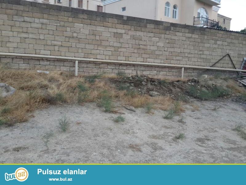 Təcili!!! Badamdar qəsəbəsində 2-ci massivdə  9 sot torpaq sahəsi satılır...