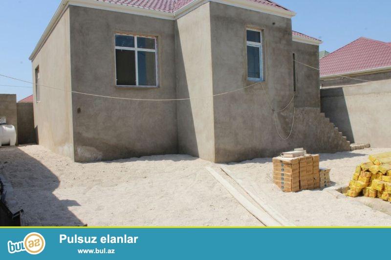 GARANT EMLAK TEKLİF EDİR!!! Baki seheri, Sabunçu rayonu, Ramana 2 qesebesinde 3 sotda tikilmiş 3 otaqli temirsiz ev tecili satilir...