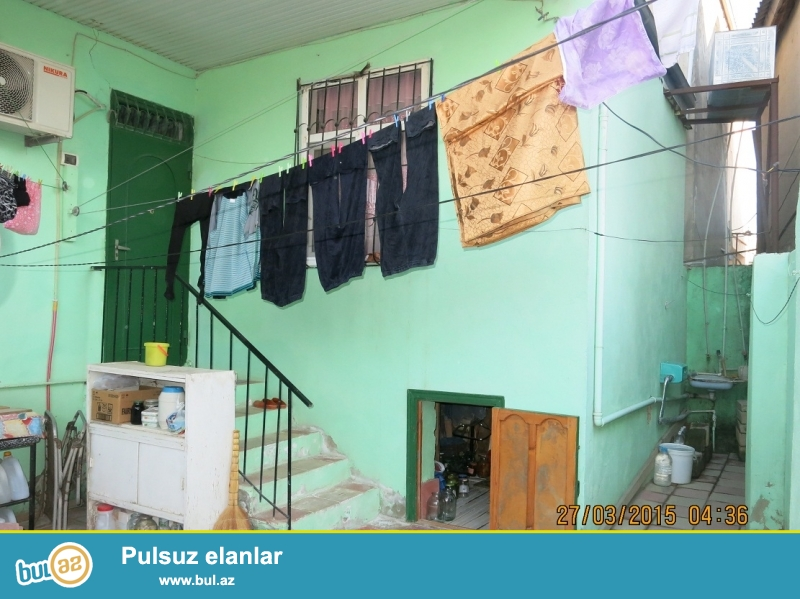 #3#                                                                 <br /> Xirdalanda merkezde 3 otaqli heyet evi satilir 39...