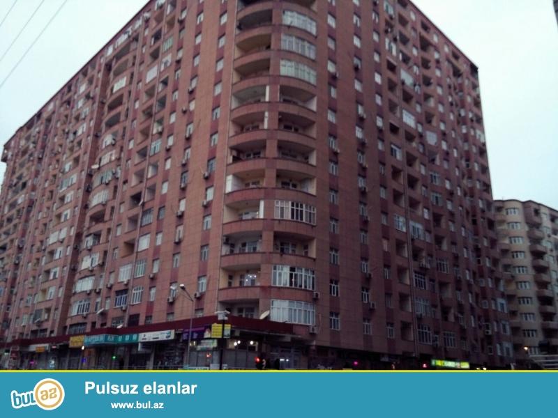 На 14 этаже 18-ти этажной полностью заселённой новостройки на Ени Ясамале продаётся 2-х комнатная квартира...