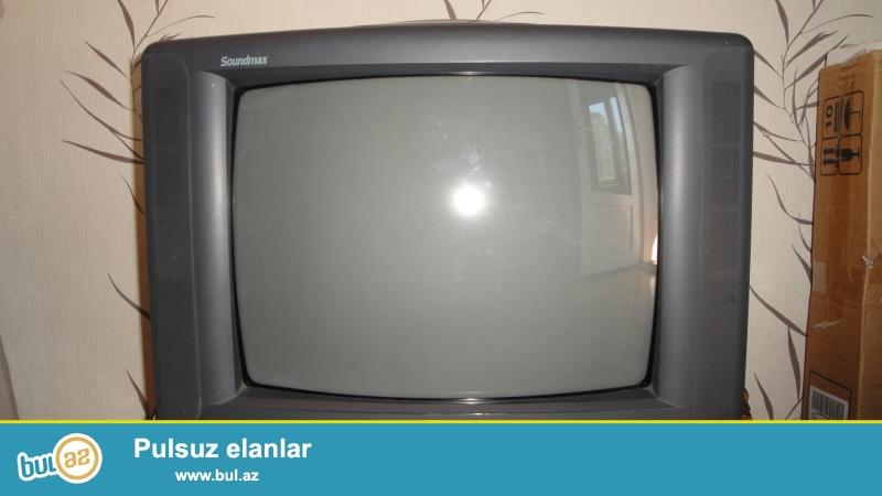 Televizor satılır.İşlənmişdir,normal vəziyyətdədir və qiyməti də münasibdir.