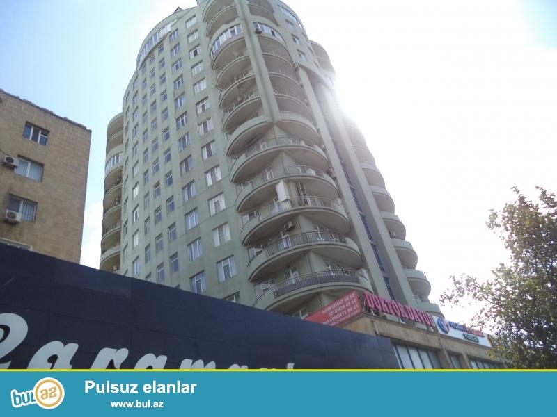 Новостройка! Cдаётся - 2х комнатная квартира в центре города, в Ясамальском районе , не далеко  от м...
