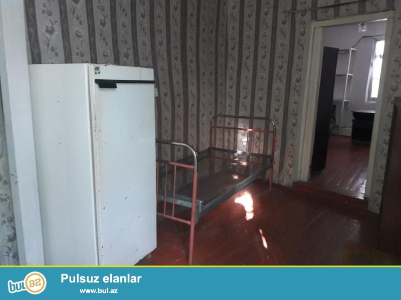 Nizami metrosuna yaxin 180 azne 2 otaqli heyet evi kiraye verilir...