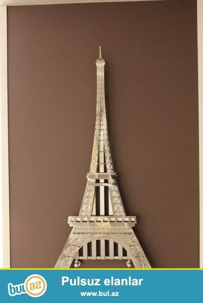 """Parisi, xüsusən Eyfel Qülləsini sevənlər!<br /> <br /> HOTECH – İtalian radiator markasının təqdim etdiyi """"Eyfel Qülləsi"""" modelli radiatorla evinizə Parisin ab-havasını gətirəcəksiniz..."""