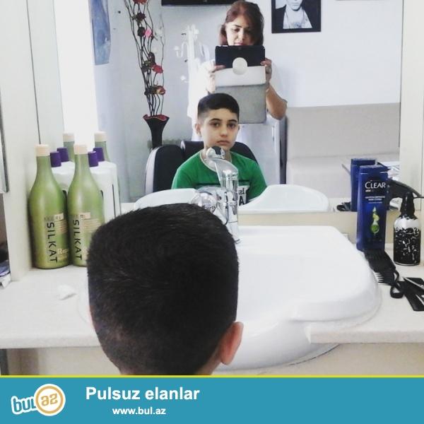 Evinizde parikmaxer universal,saç ukladkalari,saçların kesimi,saçların boyanmasi <br /> Saçların osvitleniyasi...
