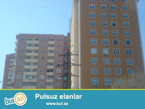 Прямо возле метро Иншаатчылар продаётся 3-х комнатная квартира...