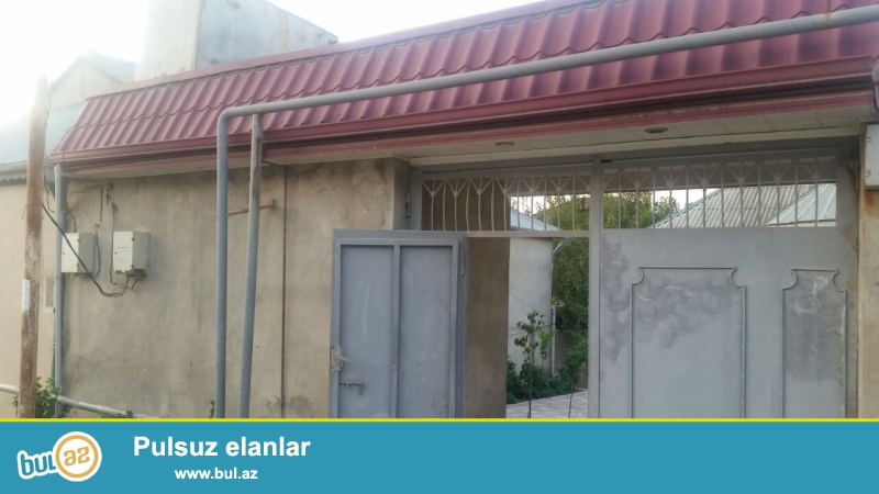 Suraxani rayonu; Qaracuxur qesebesi: 11-ci donge.ev 28 a, 81-nomreli avtobusun son dayanacagi...