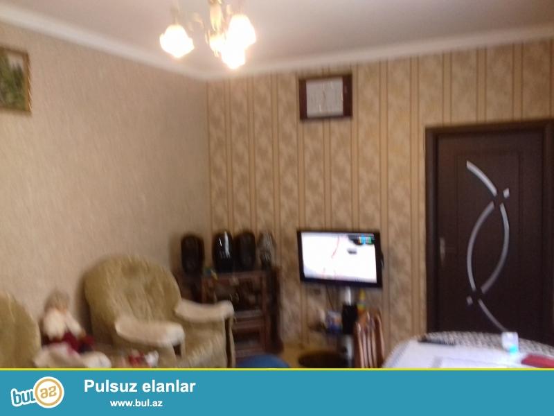 hovsanda yola yaxin temilri 2 otaq heyet evi satilir qaz su iwiq var 30000  azn 055-070-051-7122069  tarlan