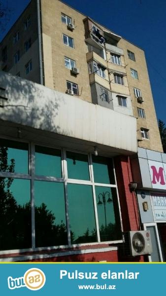 Yasamal rayonu, Asan xidmətin və Malboro maq.yanında, 9 mərtəbəli binanın 2-ci mərtəbəsində, 3 otaqlı, təmirli mənzil satılır...