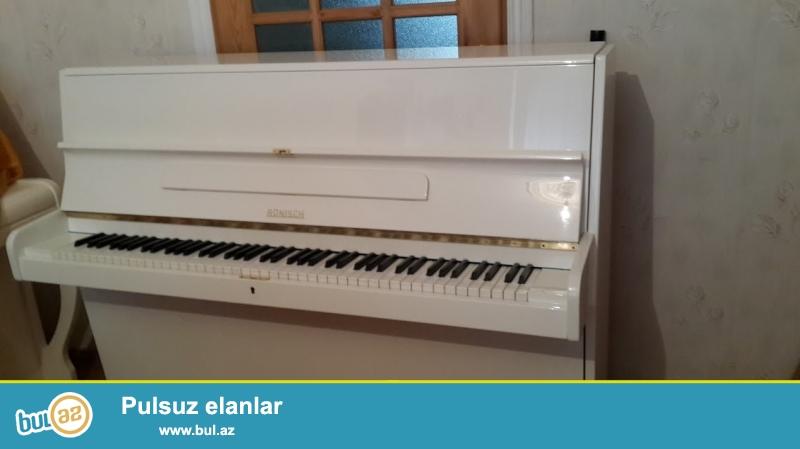 Ag rengde ela veziyetde Fantaziya pianinosu uzun muddetli zemanetle satiram giymete catdirilma, koklenme daxildir...