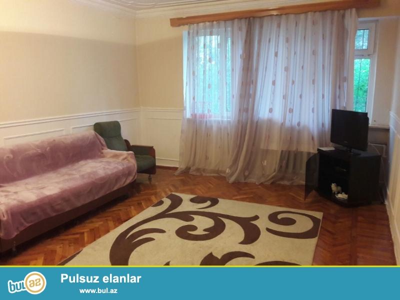 Сдаётся 2-х комнатная квартира в долгосрочную аренду   со всеми условиями для комфортного  проживания в Ясамальском районе, в Хим городке, вблизи отеля «Европа»...