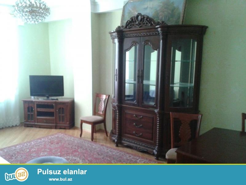 Сдаётся полноценная 3-х комнатная квартира в новостройке   в Ясамальском районе, по...