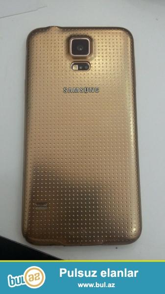 Samsung galaxy s5. Ala vaziyatdadir ekrani işdemir.
