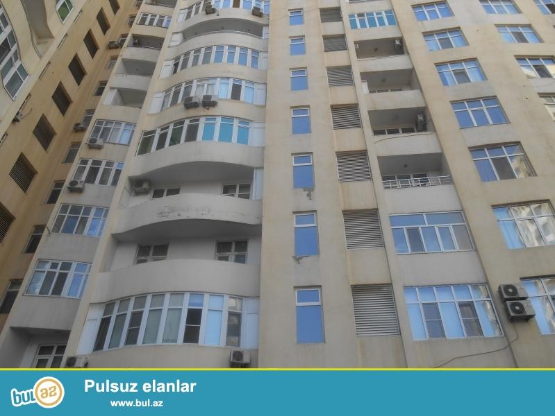Продаётся  полноценная  2-х комнатная квартира  СО ВСЕЙ МЕБЕЛЬЮ в престижной  полностью заселённой новостройке по пр...