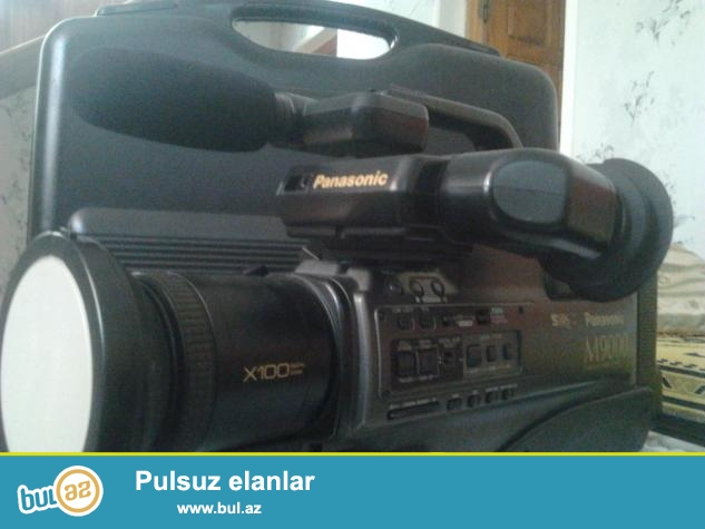 Panasonic m9000 Kamera satilir. 1200 manata almishdim tecili pul lazim oldugundan satiram 200 manata...