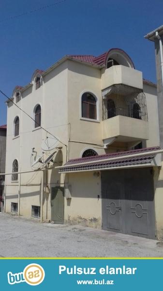 Binəqədi rayonu Biləcəri qəsəbəsi, Poliklinkanin yaxınlığında yerləşən 200...