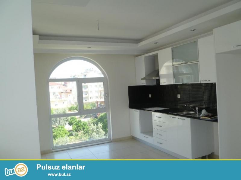 Türkiyənin Antalya şəhərinin Alanya bölgəsində yeni tikili 2 otağlı mənzil satilir...