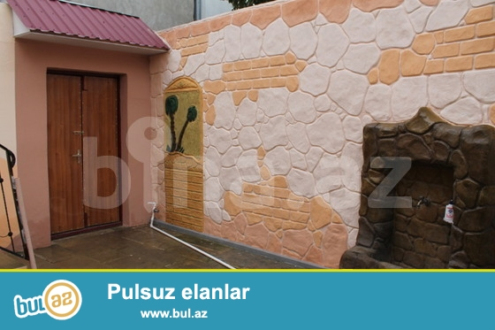 2 mərtəbəli, 1 sota yaxın həyəti, qaracı, kombi və bütün lazimi şəraiti olan 6 otaqlı evdir...