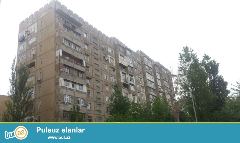 Yasamal Zahid Xəlilov kücəsi  3 otaqlı ev satılır...