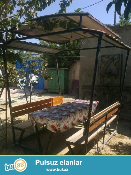 Heyet evi ucun stol stul dest satilir baha alinib 500 manata satilir