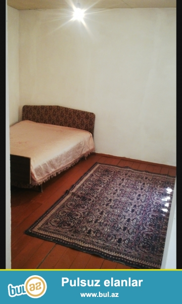 Sabuncu ray,Yeni Ramanida 2otaqli orta temirli ev kiraye verilir,suyu,qazi daimidir,mebeli var, umumi heyetdir