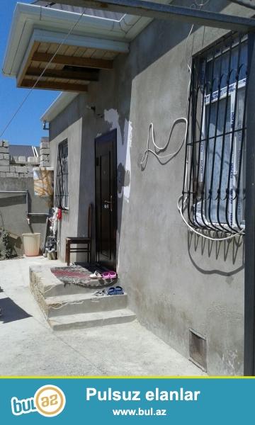 Tecili olaraq Masazirda merkezde 3 otaqli temirli heyet evi  satiram...