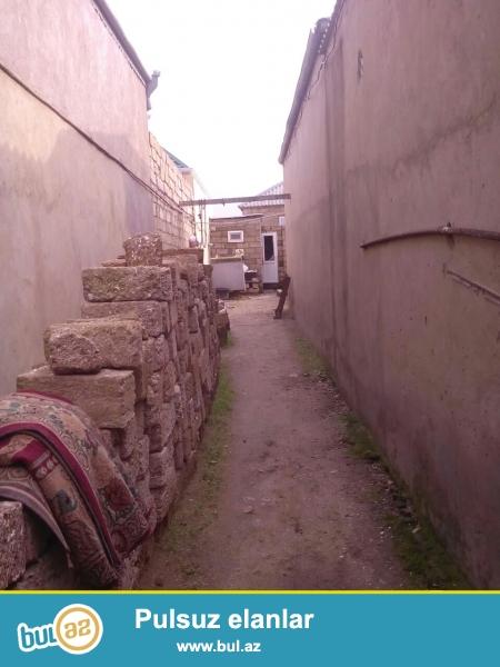 Maştağa Buzovna yolunda yoldan 400 mt məsafədə  1...
