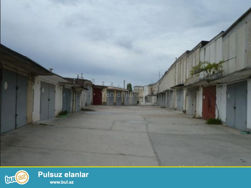 Qaraj <br /> 33 m2.<br /> <br /> Sənədli, Kupçlı Daş Qaraj...
