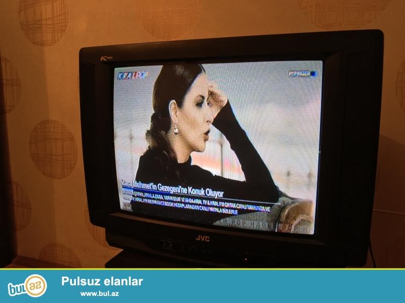 Televizor problemsiz işləyir. Heçbir təmirə və detal dəyişikliyinə ehtiyac yoxdur...