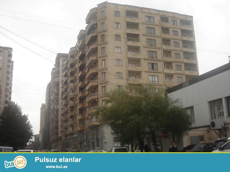 Səməd Vurğun küçəsində Olimpik Star idman kompleksinin yanında Aqlaylanmış Qazlı Kupçalı binada 2 otaqlı 72 kv...