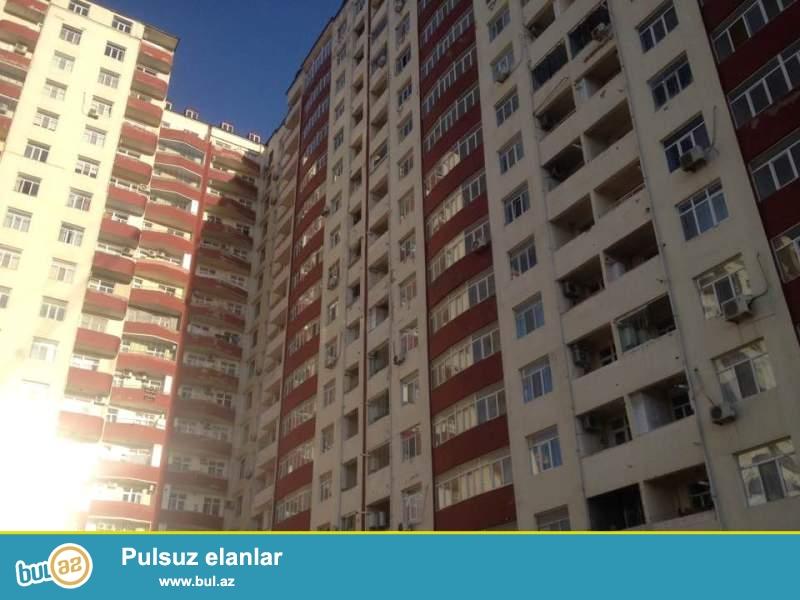 В 7 микрорайоне  предлагается к продаже роскошная, просторная и очень светлая 2- х комнатная квартира...