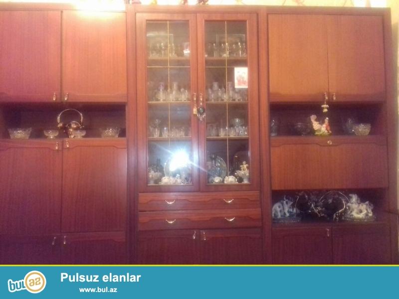 Qoz ağacından olan, Polşa istehsalı stenka satılır...
