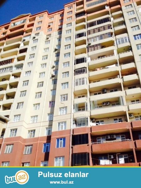 Nəsimi rayonu 4 mikrorayon yeni tikilidə. Mərtəbə 18/5  ümumi sahəsi 165 kv...